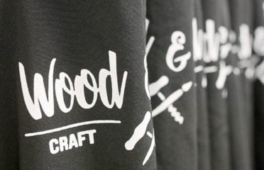 Wood & Vino Craft Studio